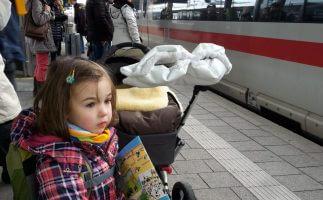 Ein Tag mit dem Zug quer durch Bayern mit zwei Kindern