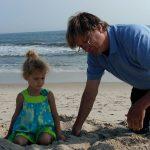 mit Isabella am Strand