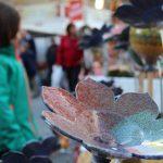 Omas Senf: Familien auf dem Weihnachtsmarkt