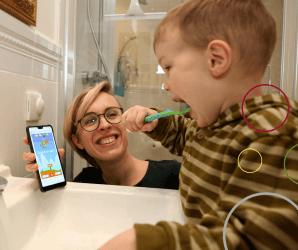 Playbrush Zähne putzen ohne Zwang